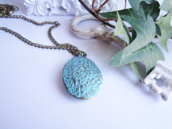 Patina Bronze Locket Necklace - Teal Turquoise - Shabby Chic