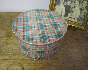 Great Spring Color   Hat Box
