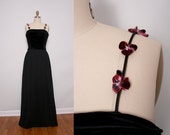Black Evening Gown / 1980s Prom Dress / Small