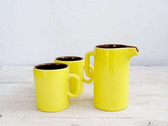 Retro Coffee Set, Vintage Cups and Pitcher, lemon yellow and brown, 70s coffee Set, Collectible, Kitchen dispaly