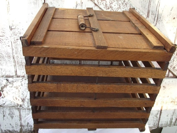 Antique wooden chicken egg crate cage vintage farm decor box for Wooden chicken crate plans
