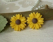 NEW Handmade Kawaii Cute Yellow Sunflower 50s Retro Stud Earrings