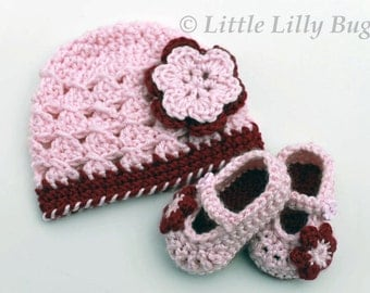 Crochet Baby Hat and Booties Set, Baby Hat and Shoes with Flowers in Soft Pink and Burgundy, sizes 0-3 m, 3-6 m, 6-12 m