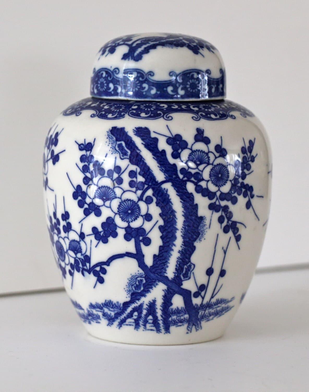 reserved for katievintage blue and white ginger jar. Black Bedroom Furniture Sets. Home Design Ideas