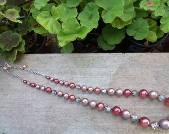 Sale- GORGEOUS MINT Women's Vintage Two Tone PINK Beads & Gray Silver Crystals Necklace- Birthday Gift Her Mom Mother Teen. Woman's Jewelry