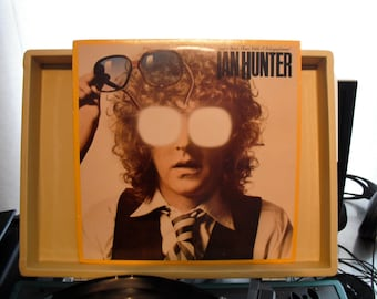 Ian Hunter Your Never Alone With A Schizophrenic Original Vintage Vinyl 1979 on Chrysalis Records