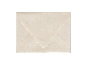 RSVP Envelopes Set of 25 Shimmery Natural White A2 - Matches all of my pocketfolder sets