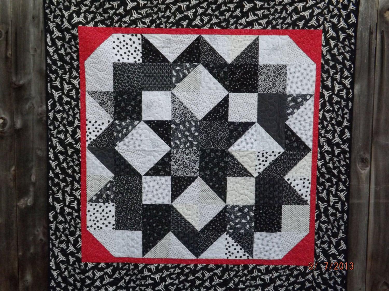 Black And White Carpenter S Star Quilt