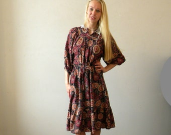 Gypsy Floral Dress / 70s Rayon / Ruffle Lace Collar Soft and Flowy / M-L