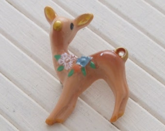 Deer Brooch .. cute brooch, deer pin, fawn brooch, kawaii brooch, animal brooch. animal pin, deer lapel pin