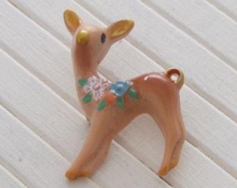 Deer Brooch .. cute brooch, deer pin, fawn brooch, kawaii brooch, animal brooch. animal pin, deer lapel pin