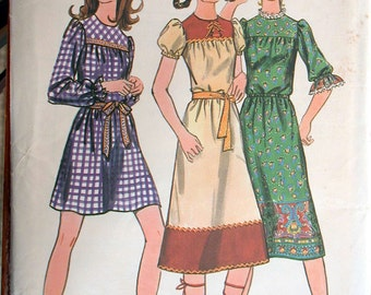 "Butterick Dress Pattern No 5917 UNCUT Vintage 1960s Size 13/14 Bust 33 1/2"" Loose Fitting Back Zipper Three Sleeve Lengths Bias Yoke Junior"