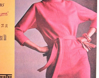 """McCalls Dress Pattern No 1050 UNCUT Vintage 1960s Size 14 Bust 36"""" New York Designers Collection Pauline Trigere Long Sleeves Back Zipper"""