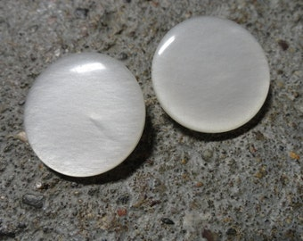 vintage white  buttons 1 inch opalescent