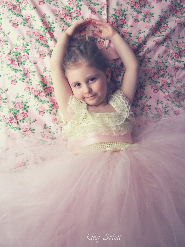 Dahlia Lace and Tulle Flower Girl Dress by KingSoleil on Etsy