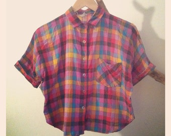 Short-Sleeve Plaid Cropped Button Up Shirt