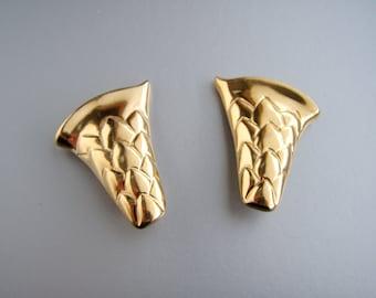 Vintage ASKEW LONDON Goldtone Acorn  style Earrings  Clip on