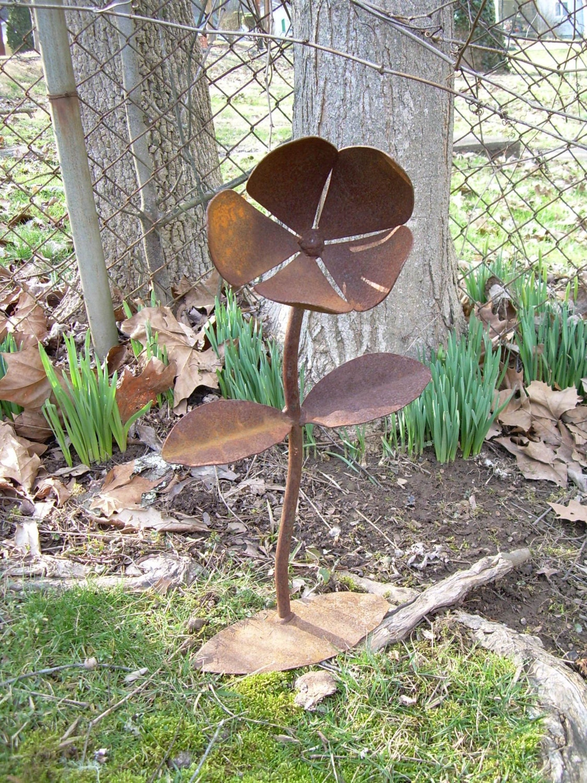 Rustic Metal Yard Flower Lawn Art Sculpture WV Crafted on Backyard Metal Art id=80297
