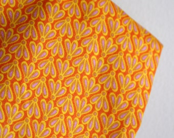 "Organic ""Fantail"" in Lemon from New Leaf Collection by Daisy Janie - ONE FAT QUARTER Cut"
