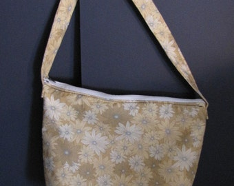 Handmade Daisy Print over the shoulder purse
