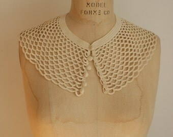 Vintage Crocheted Collar with Buttons
