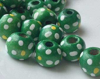 10 mm Green Colour Dot Dot Wooden Beads (.ht)