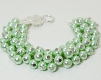 Mint Pearl Cluster Bracelet, Bridal Jewelry, Mint Bridesmaids Jewelry ,Chunky Bracelet, Wedding Bracelet, Mint Pearl Bracelet, Pearl Jewelry