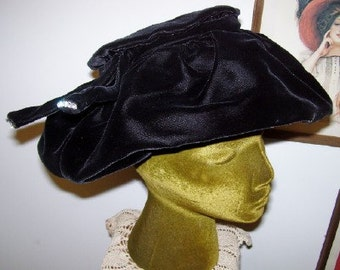 1930s Lady Georgette Black Velvet Hat Rhinestones