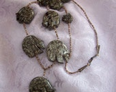 Zuni 9 bear necklace in gray stone ... hints of Green ... New Mexico, Southwest, gorgeous quality.