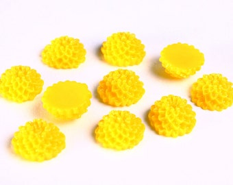 10 yellow lucite mum dahlia resin flower cab cabochon 10mm 10pcs (999) - Flat rate shipping