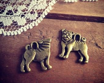 Dog Charms Antique Bronze Pug Charm  Vintage Style Pendant Charm Jewelry Supplies  (AV064)