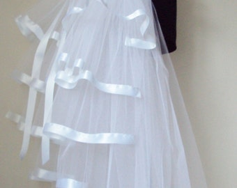 White Burlesque Bridal Bustle Belt size US 2 4 6 8  10 UK 6 8 10 12 14