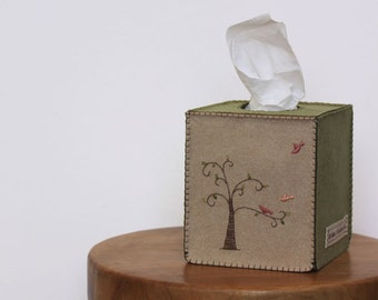 NIkkie's Felt Tree and Birds Tissue Box Cover