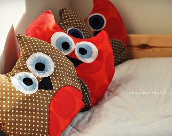 READY TO SHIP - Plush Brown & Red Owl Pillow with polka dots - Plush owl toy - Baby Toddler bedroom decor / Home owl decor / Valentines owl