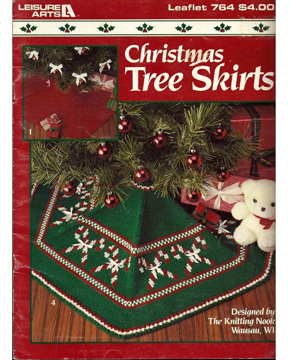 Knitting Pattern Christmas Tree Skirt : Christmas tree Skirts to Knit and Crochet by grammysyarngarden
