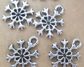 Snowflake Charm 4 Charms Double Sided Antique Silver Tone 13 x 11 mm   ts188
