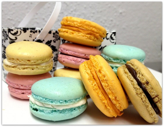 French Macarons Sandwich Cookie Assorted Wedding Favor Macaroon Shower ...