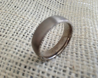 Men's Titanium Ring Band