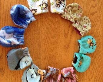 scratch free baby mitten flannel or jersey, animal print