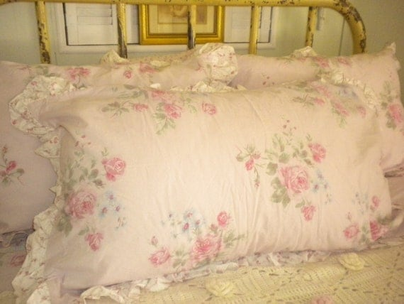 Simply Shabby Chic Pillows : Simply Shabby Chic King Size Pillow Sham Pink Roses yardage