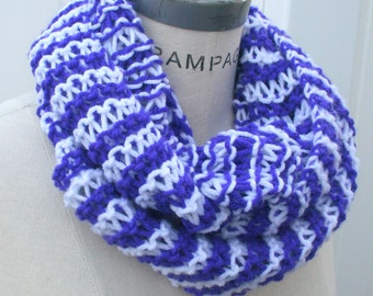 Hand  Knit Scarf, hand Knitted items, handmade gifts ideas, autumn finds, white  Purple Chain Scarf, Fall neck warmer - By PIYOYO