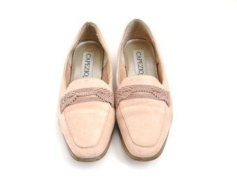 Pretty-in-Pink Classic Pink Duckie Shoes size 5 1/2