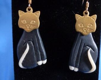 Black Dangling Cat pierced Earrings