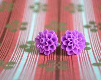 Lilac Chrysanthemum Earrings