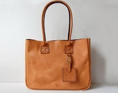 Caramel New York Tote with Zipper - Handmade leather Tote bag