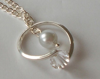 Silver Pearl And Crystal Wedding Party Pendant Necklace