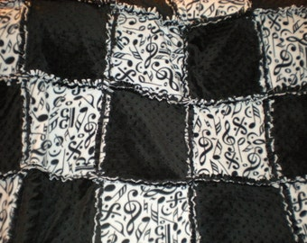 Large Adult Size Black and White Music Rag quilt/blanket Minky and Fleece
