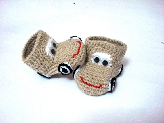 crochet baby shoes, cars Baby Booties, Cars beige cream brown, crochet baby booties 0 12 month baby, crochet baby shoes cars booties
