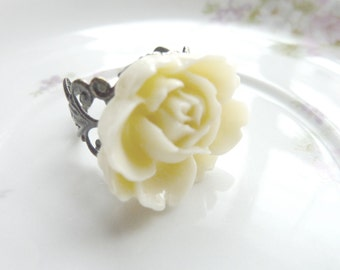 Ivory ring creamy white ring rose flower on adjustable filigree vintage base