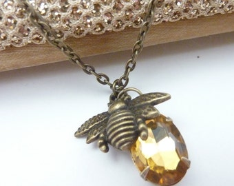 Bee Necklace Amber Necklace Honey Bee Necklace Vintage Rhinestone Estate Style jewelry